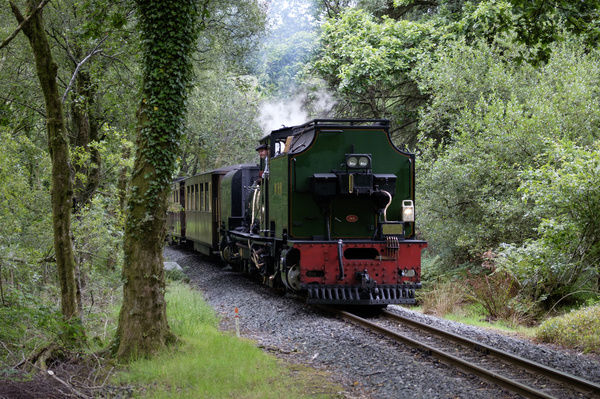 Wales, Gwynedd, Ffestiniog & Welsh Highland Railway. Restored narrow gauge steam locomotive in service on the Ffestiniog & Welsh Highland Railway which runs through the heart of the Snowdonia National Park